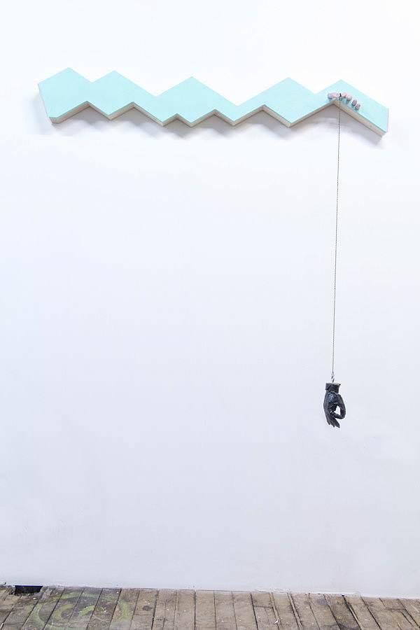 Hanging Hand_1