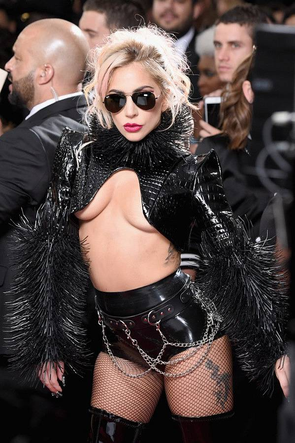 6e3c8413b5d4965c-Lady-Gaga-2017-Grammys